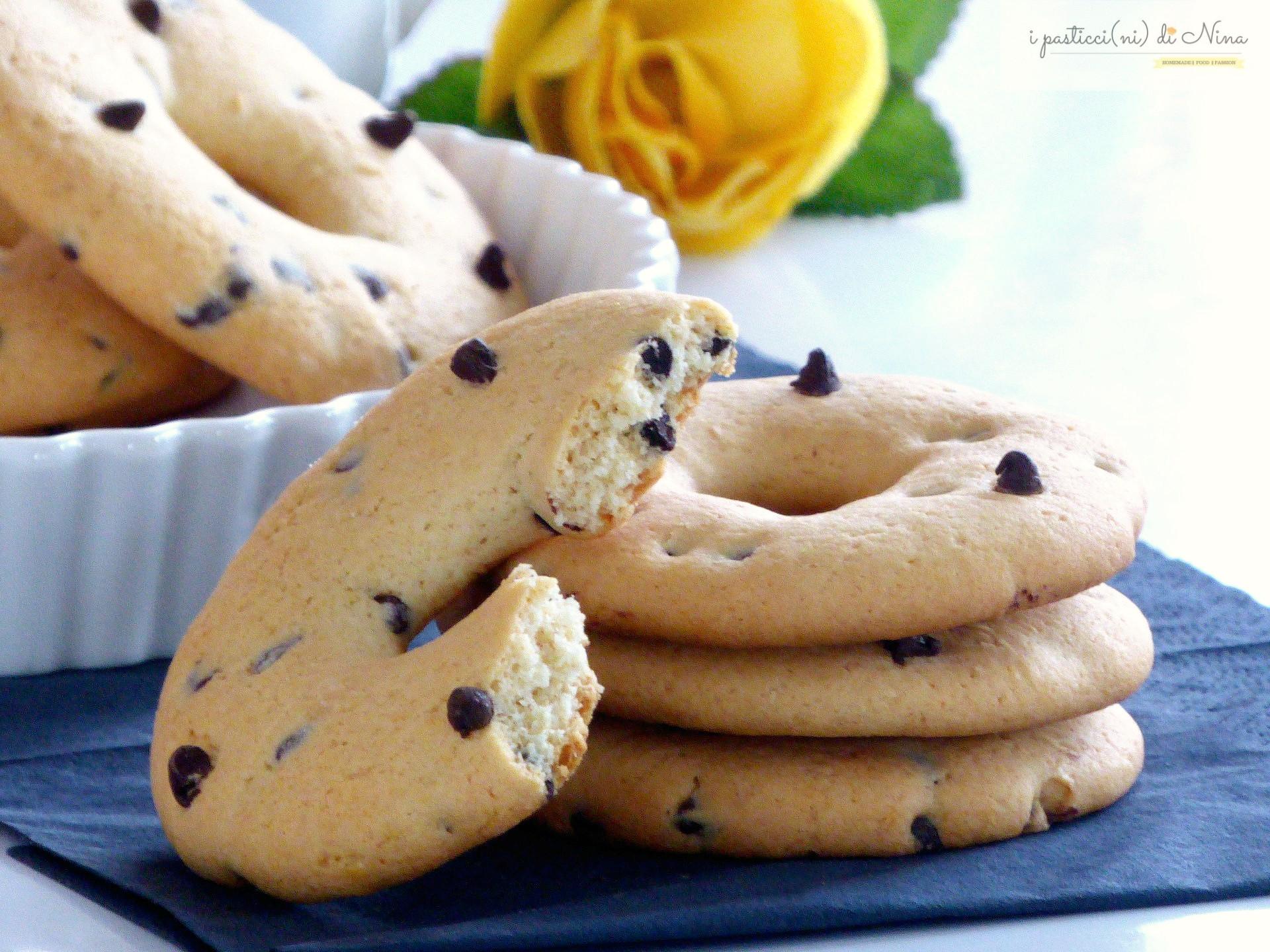 ciambelline biscottate con gocce di cioccolato