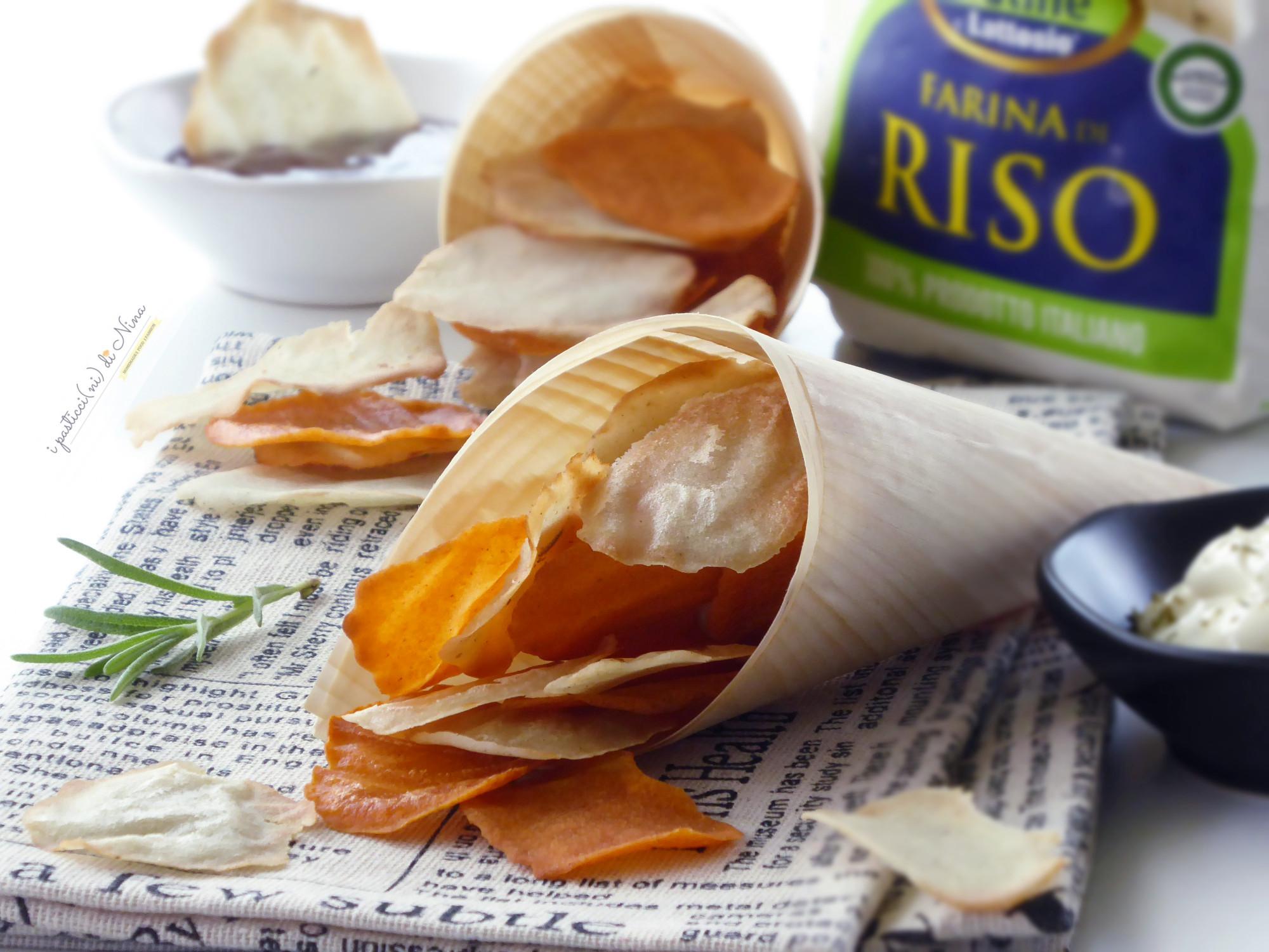 chips di farina di riso al forno con rosmarino e paprika senza glutine
