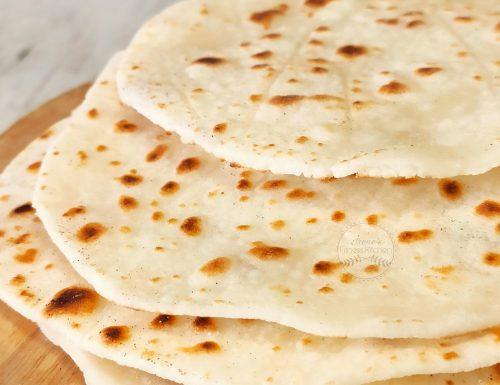 Pane naan senza glutine e senza lievito