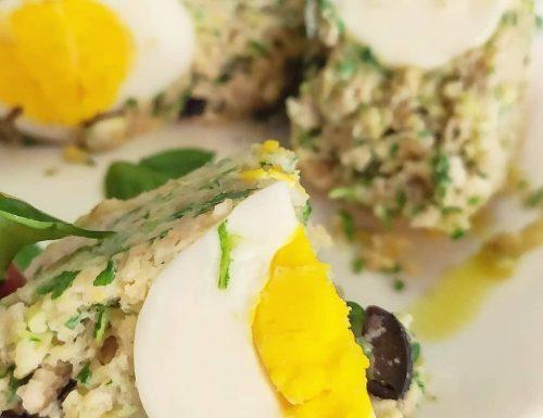 Sformato di avena ripieno con uovo sodo
