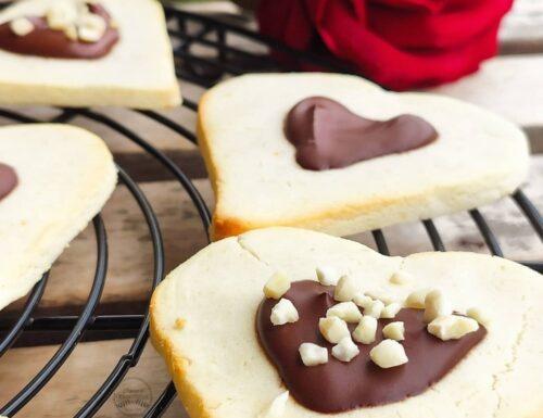 Biscotti di San Valentino senza glutine e lattosio