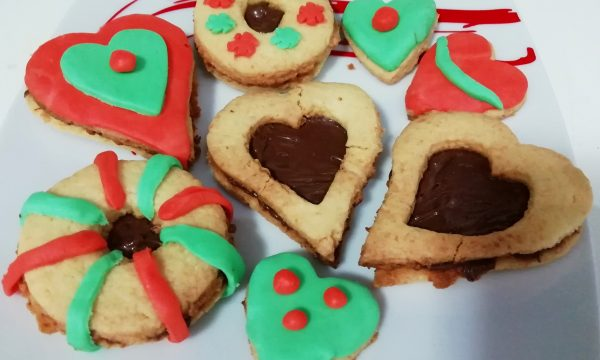 """""""Biscotti Per Pasqua In Pasta Di Zucchero E Cocco Senza Burro""""…!!!"""