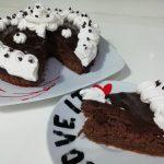 """Poke Cake Torta Morbida Al Cioccolato Fondente E Panna""…!!!"