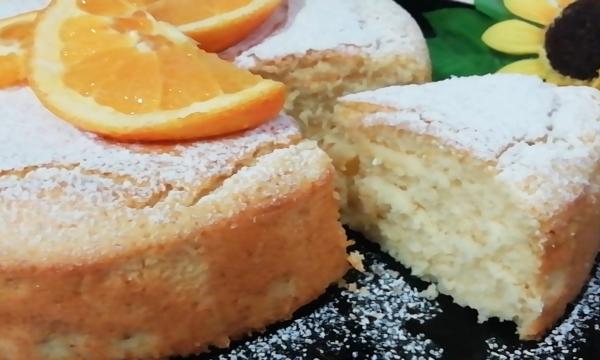 Torta Soffice Senza Burro All'Arancia E Yogurt Greco