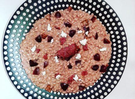 Risotto alle ciliegie, robiola e carne salada