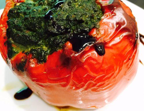 Peperone rosso ripieno di verdure