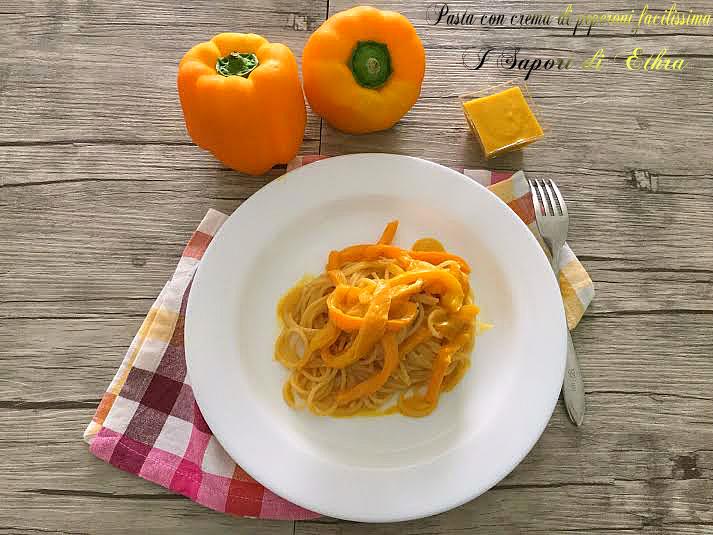 Pasta con crema di peperoni facilissima