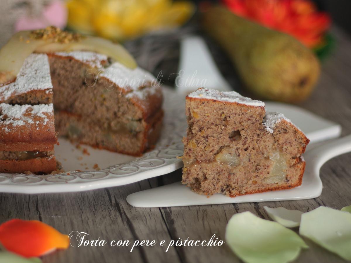 Torta con pere e pistacchio cremosa - I Sapori di Ethra