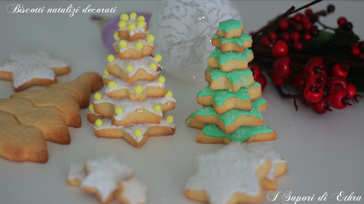 Biscotti natalizi decorati ricetta facile - I Sapori di Ethra