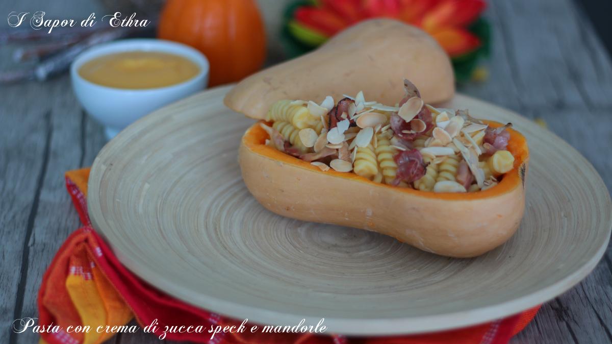 Pasta con crema di zucca speck e mandorle - I Sapori di Ethra