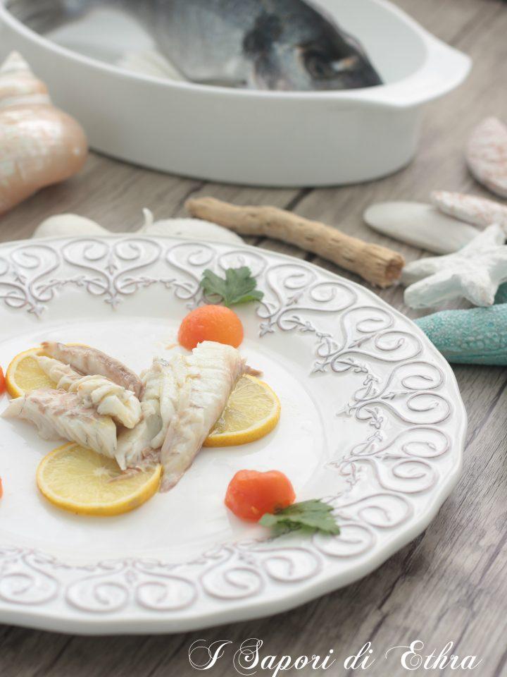 Come cucinare il pesce all 39 acqua pazza ricetta semplice - Come cucinare il pesce serra ...