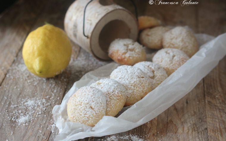 Biscotti soffici con ricotta limone e cocco