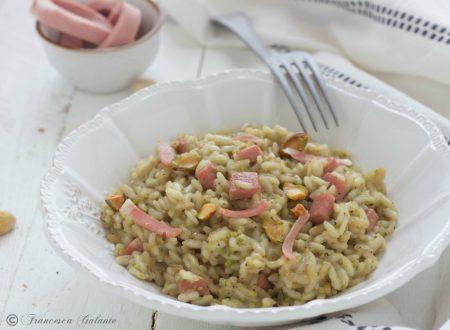 Risotto al pistacchio con mortadella cremoso