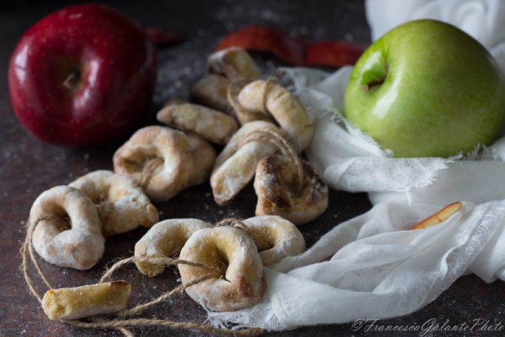 Taralli dolci ricetta con tre ingredienti velocissima