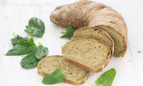 Ricetta del pane agli spinaci con lievito madre