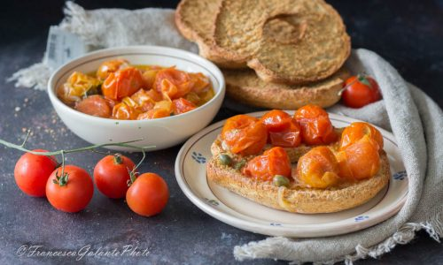 Pomodori scattarisciati ricetta tradizionale  pugliese