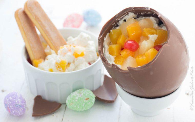 Tiramisù alla frutta  nell'uovo di Pasqua