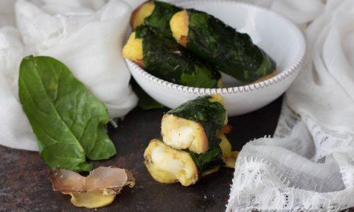 Involtini di patate con speck e spinaci