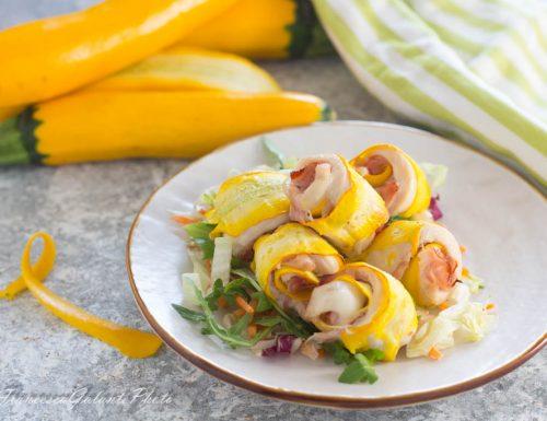 Fagottini di zucchine gialle con pollo e cotto