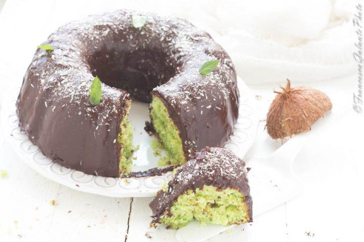 Ciambellone cocco menta e cioccolato
