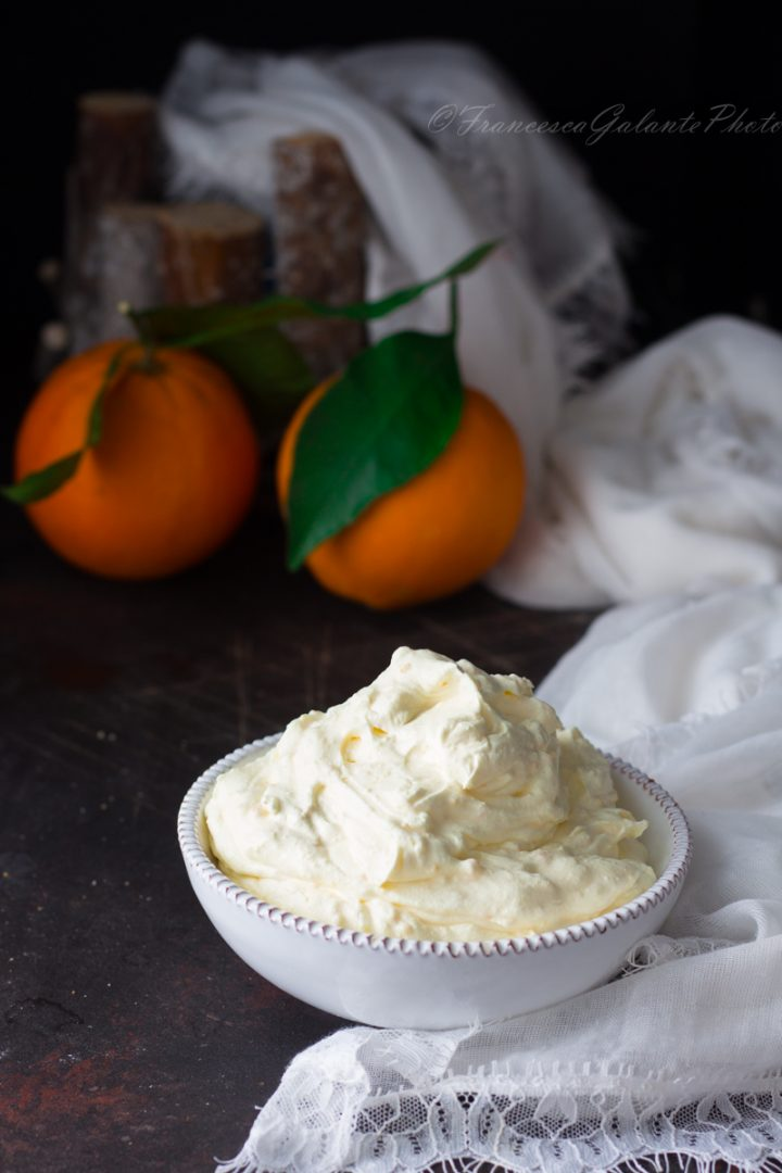 Mousse all'arancia  facile e golosa