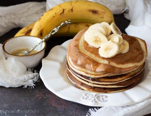 Pancake  velocissimi con  frullato di banana