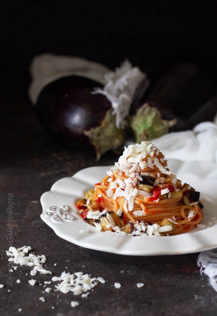 Spaghetti alla Norma ricetta originale e varianti