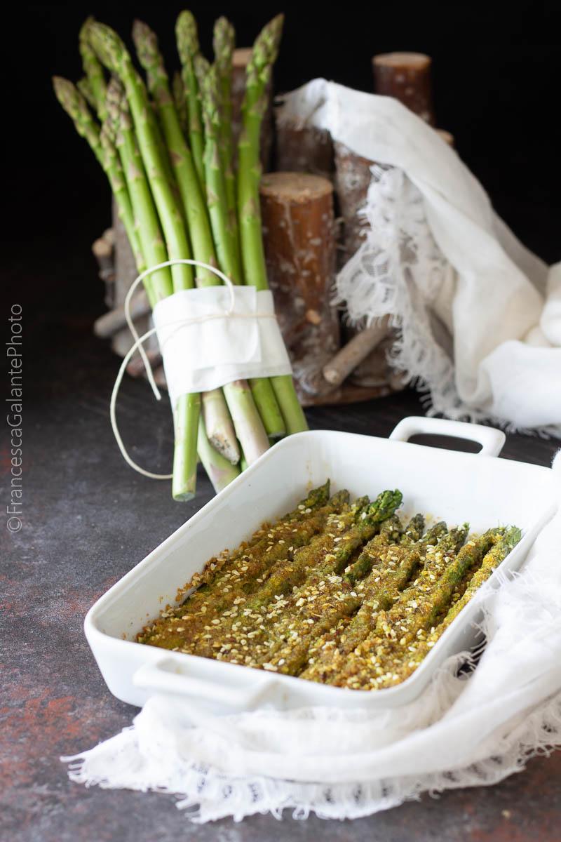 Asparagi gratinati al forno speziati