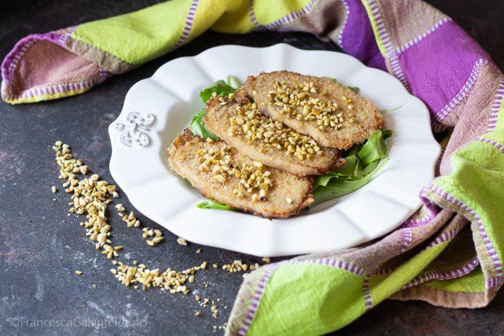 Lonza di suino impanata al pistacchio