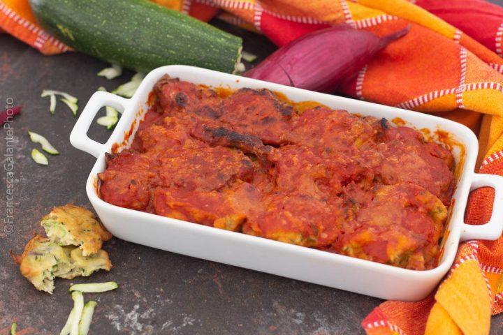 Parmigiana di zucchine fritte in pastella (ricetta riciclo)
