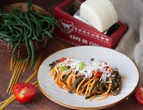 Spaghetti con fagiolini come li facciamo in Puglia.