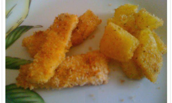 """Bastoncino di pollo con contorno di patate sabbiose """"light"""""""