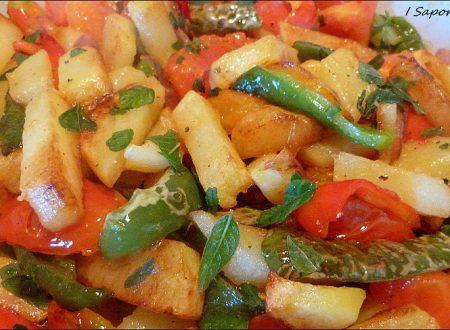 Peperonata calabrese con influenze siciliane