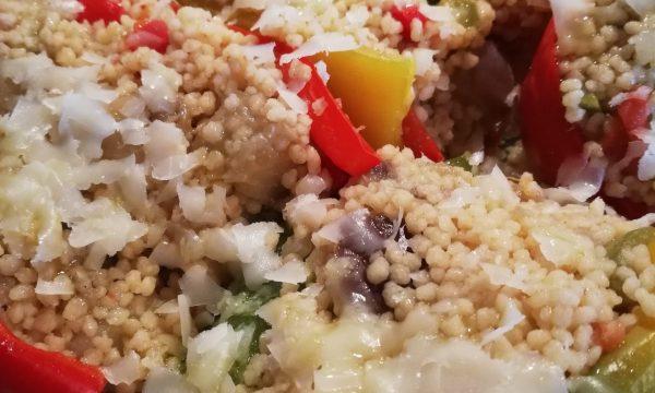 Peperoni ripieni di cous cous alle verdure.