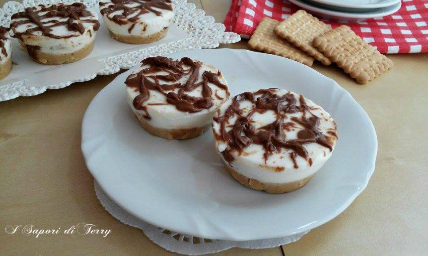 Mini cheesecake alla ricotta variegato alla nutella