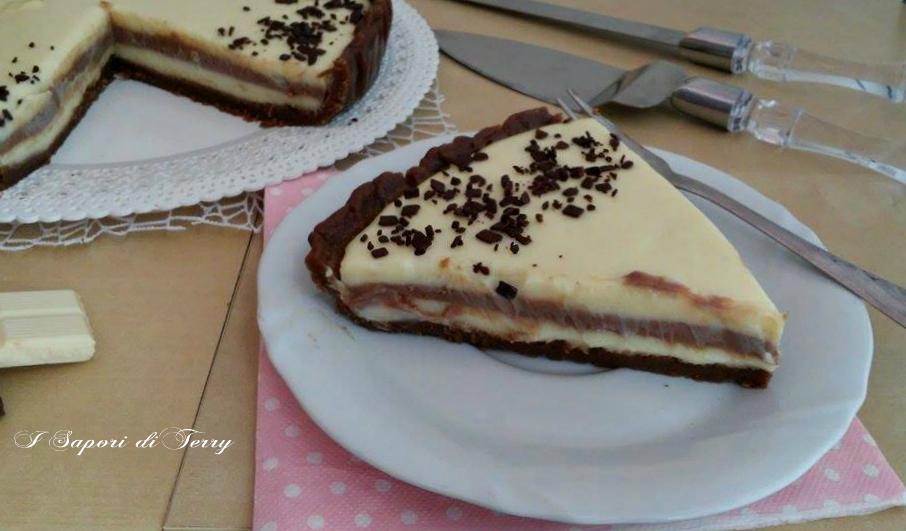 Torta fredda a doppio strati di cioccolato