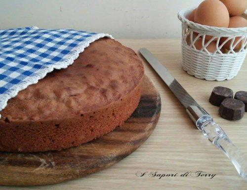 Pan di spagna da farcire al cioccolato fondente
