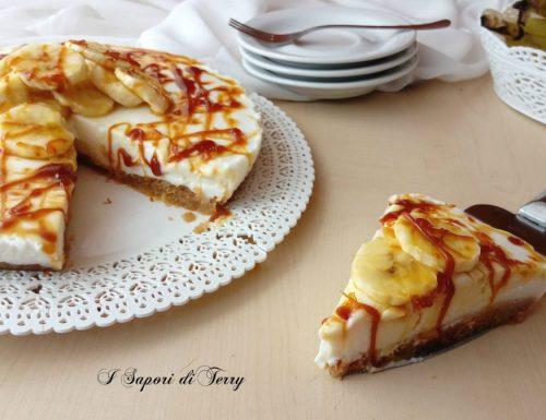 Cheesecake allo yogurt banane e caramello