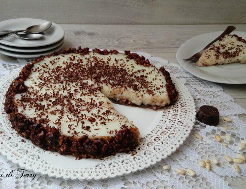 Torta di riso soffiato al cioccolato e crema di latte
