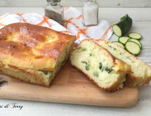 Plumcake salato con zucchine e scamorza