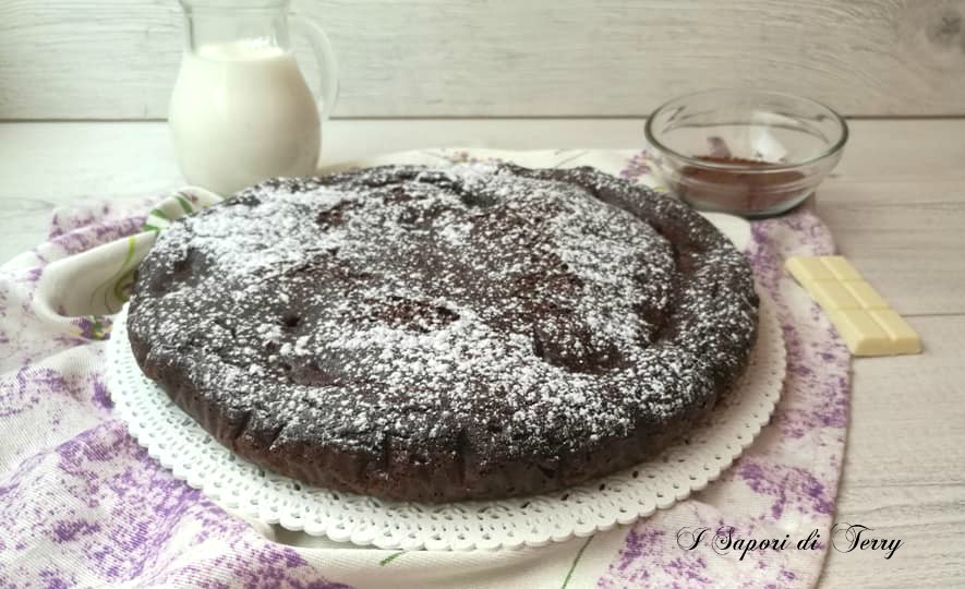 Torta al cacao con crema al cioccolato bianco