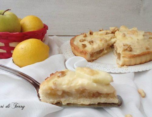 Crostata con crema pasticcera e mele caramellate