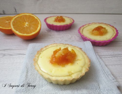 Crostatine con ricotta e arance caramellate