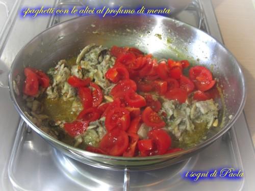 spaghetti con le alici al profumo di menta 05