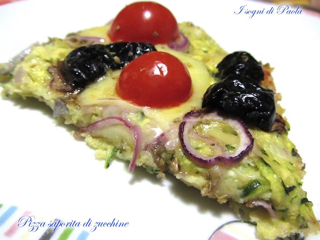 Pizza saporita di zucchine