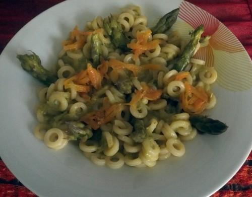 Anelletti siciliani con asparagi