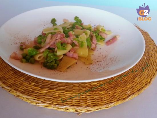 pasta con piselli e pancetta