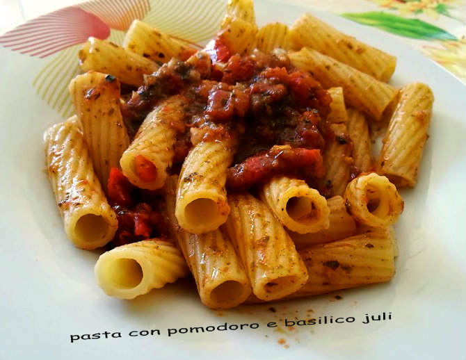 pasta basilico pomodoro