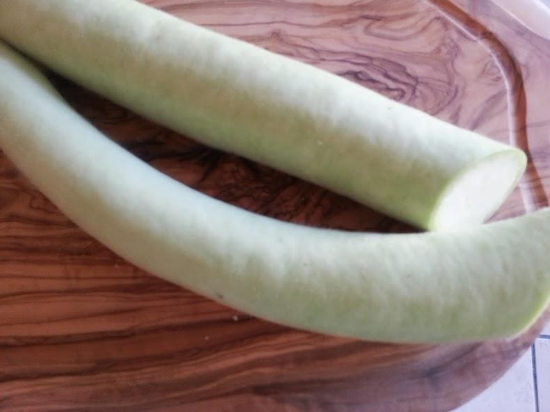 zucchina lunga verde
