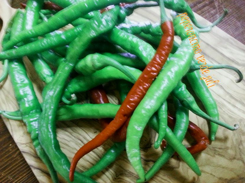 peperoncini rossi e verde